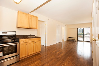 Astoria Cove: NO FEE! Top Floor New Development 2 Bedroom in Elevator Laundry - Last A-Line Available!