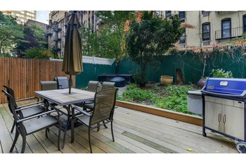 Best Duplex with Huge Outdoor Space, 2 Bathrooms, Exposed Brick and Much More!